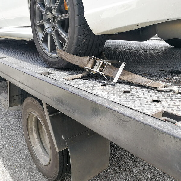 automobile in the towing truck